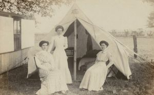 Chautauqua camping 1908_Ladies