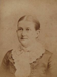 Photo of Isabella Alden about 1880 (age 39)