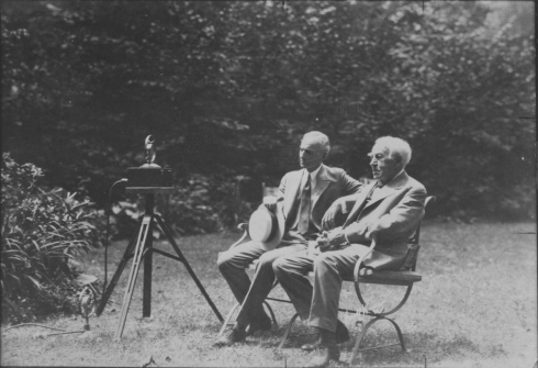 Henry Ford and Thomas Edison in the garden behind Miller Cottage, 1929.