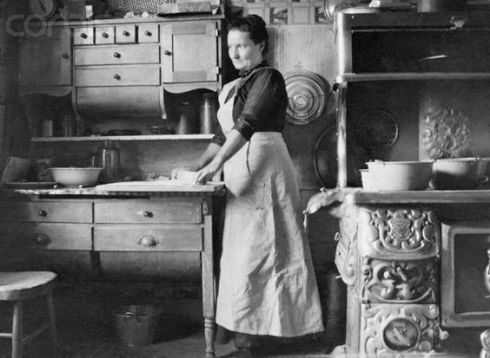 A middle-class kitchen in the early 1900s