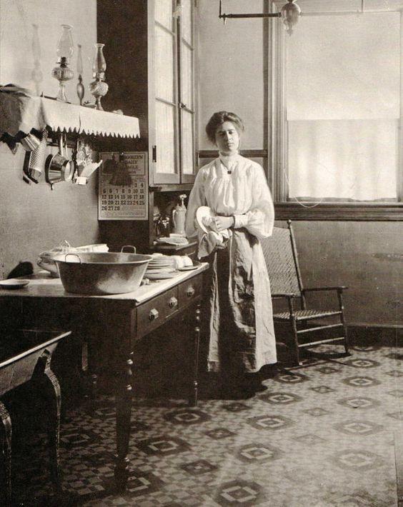 An American kitchen, circa 1900