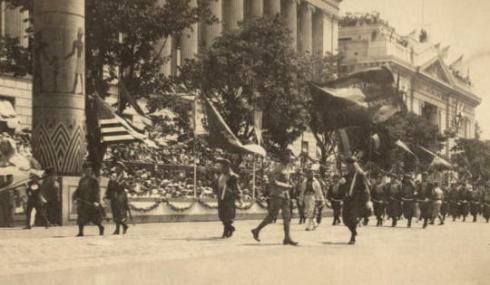 Undated photo of the Masons of Pyramid Temple on parade.