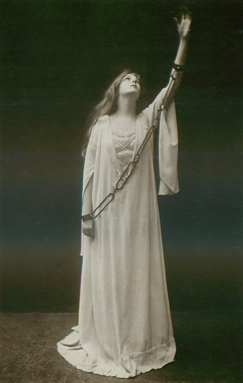 A 1903 photo of a woman posing as Margaret in Faust.